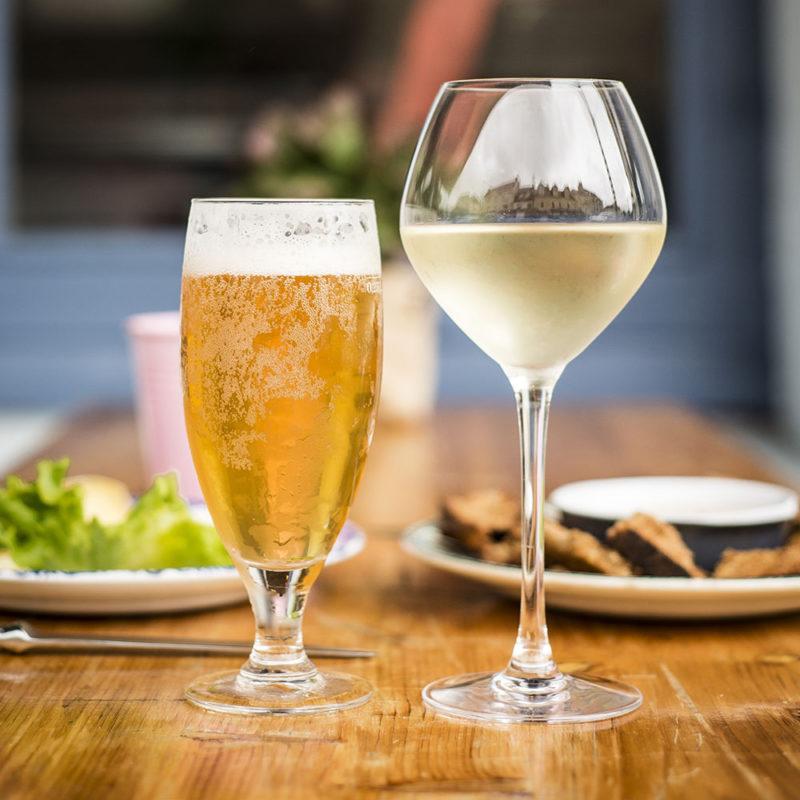 bière coffeeshop afterwork vin blanc bio écologique et local crédit photo MLG Photographe